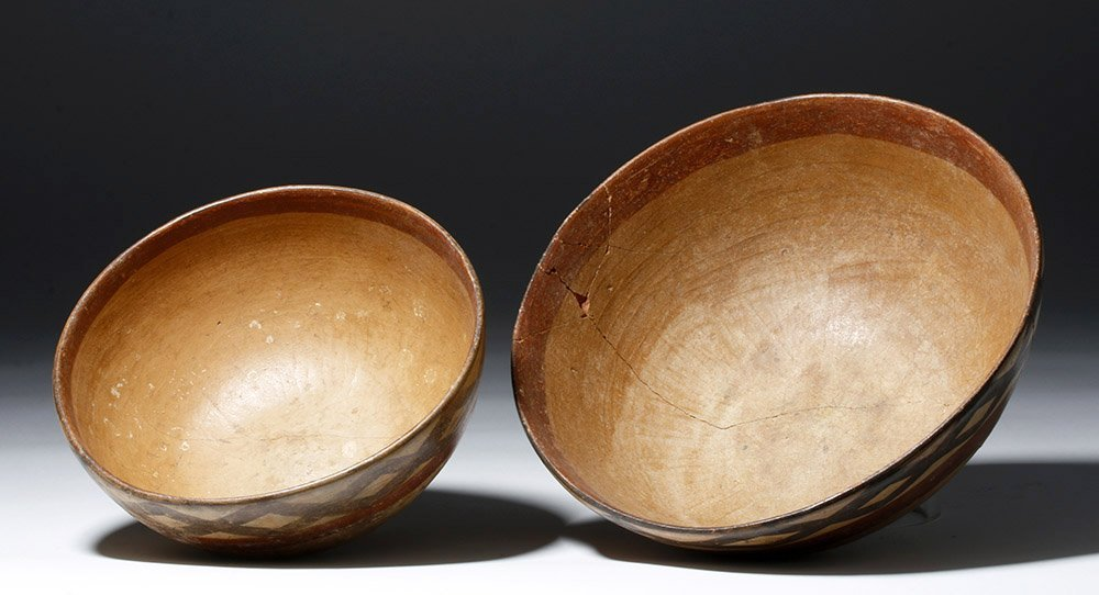 Pair of Cajamarca  Polychrome Terracotta Bowls - 4