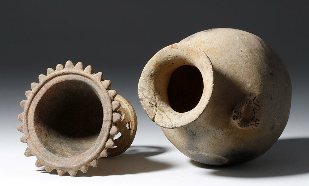 Pair of Costa Rican Pottery Vessels - 7