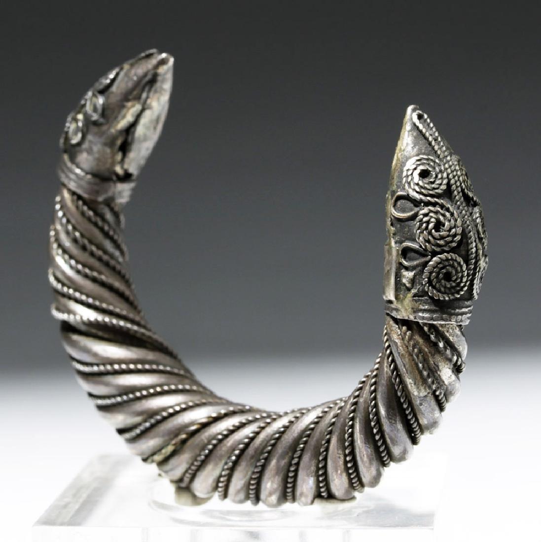Ancient Sassanian Silver Cuff Bracelet - 3