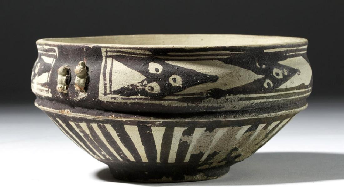 Attractive Chancay Bichrome Bowl