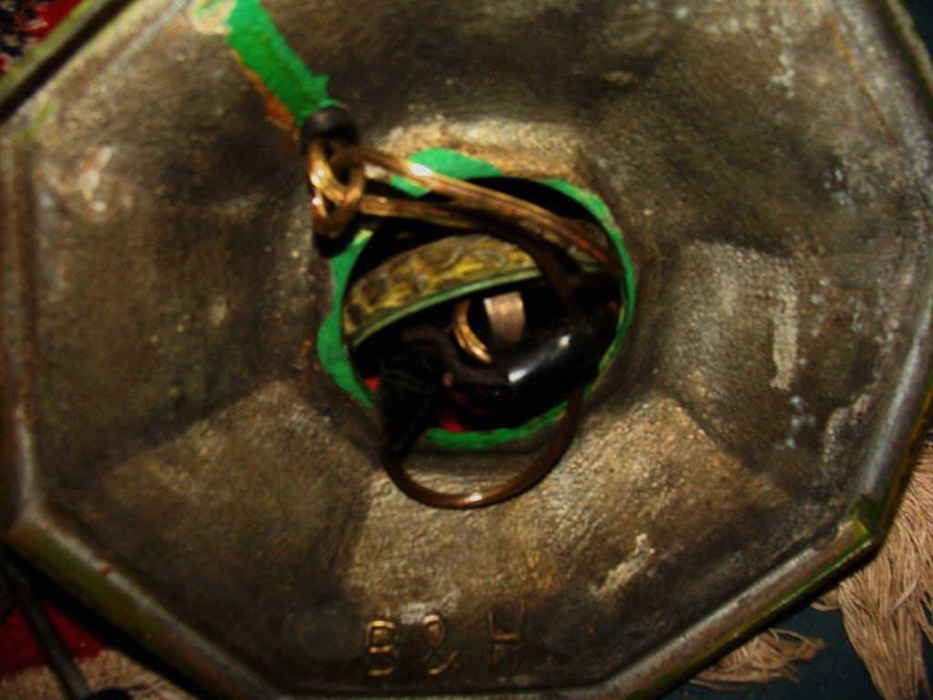 Arts & Crafts Bradley & Hubbard Lamp - 6
