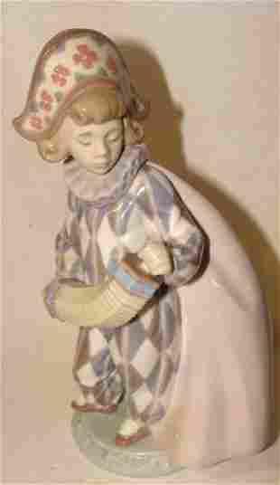 Llardo Harlequin Figurine
