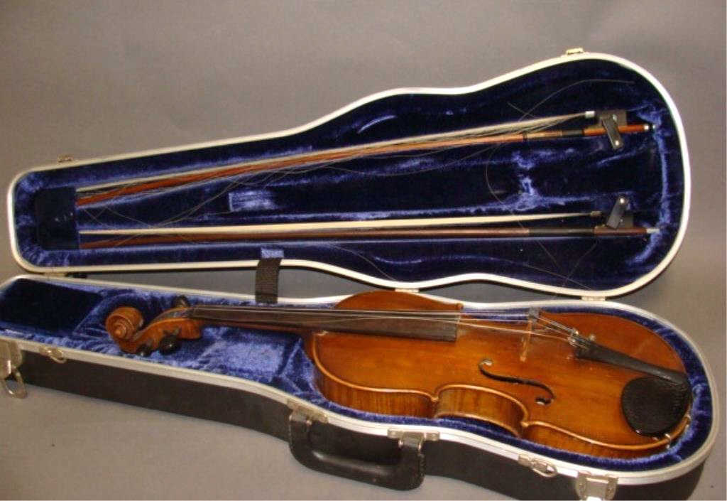 Violin with 2 Bows and Case