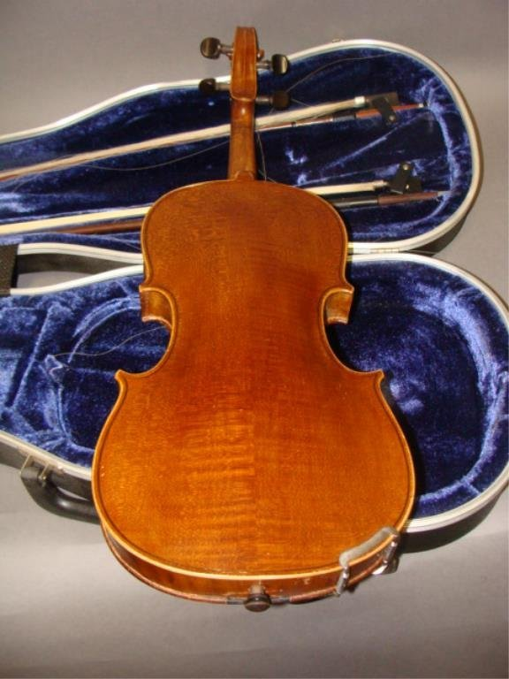 Violin with 2 Bows and Case - 2