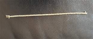 14kt Gold Diamond Line Bracelet