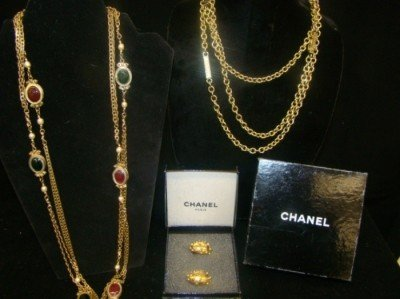 1: Chanel 2 Necklaces