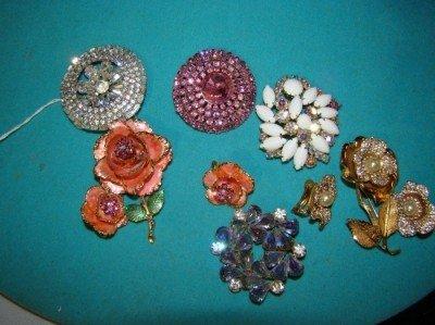 15: Assorted Lot of  Weiss Brooch/Earrings