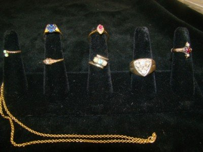 2: 7 Assorted Rings and Necklace 10k-14k