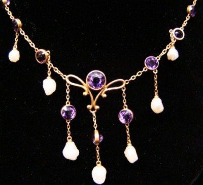 8: 14Kt Gold and Amethyst Edwardian  Necklace