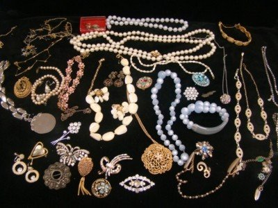 23: 1950's- 1980's Mixed Jewelry Lot
