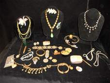 101: Assorted Lot of Victorian & Mixed Jewelry