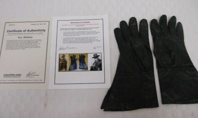 4: Pair of Authentic Zorro Leather Gloves 1950's