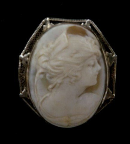 7: 14K White Gold Cameo