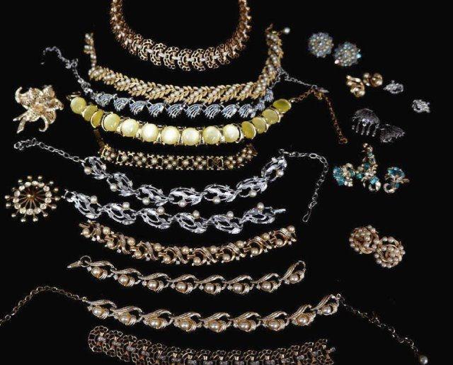 24: Assorted Lot- 1920'-30's Necklaces, Earring etc.