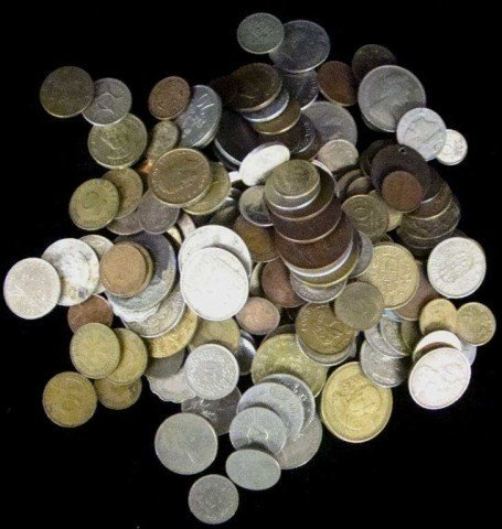 23: 2 lb World Coins