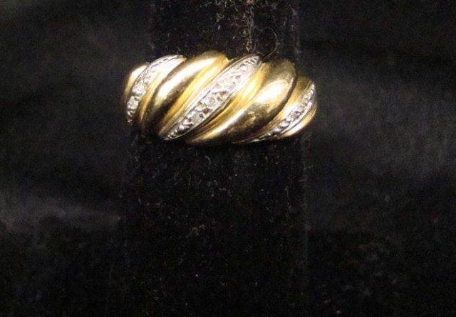 21A: 14K Gold Shrimp Ring