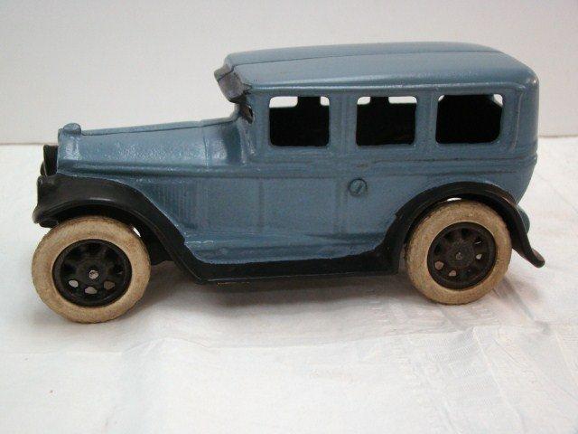 19: 1920's Style Cast Iron Car
