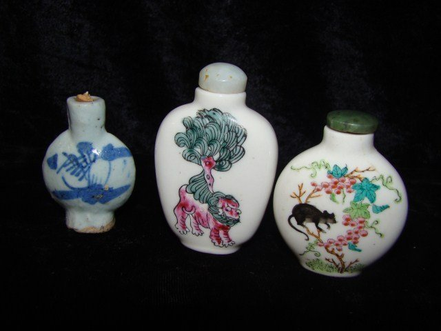 14: Lot of 3 Oriental  Porcelain Snuff Bottles