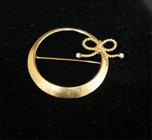 11: 14k Gold Circle with Diamond Accents