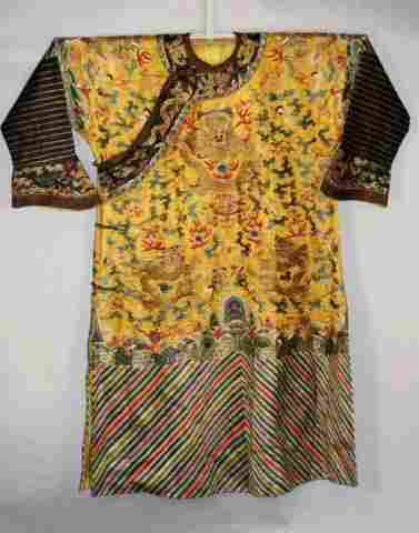 Embroidery Chinese Robe