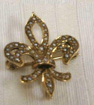 14K Fleur De Lis Pin with Pearl