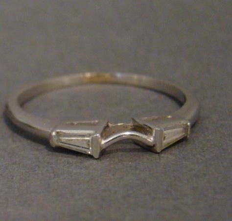 2 Carat Platinum Diamond Ring and Finger Mate - 4