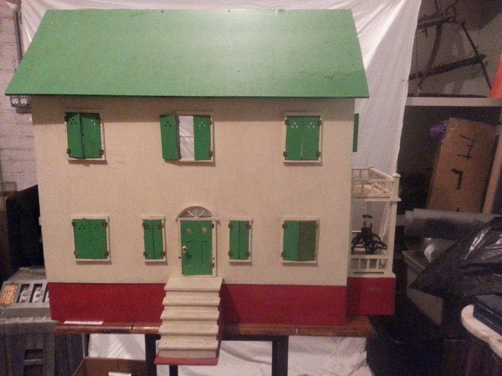 Early Doll House with Contents