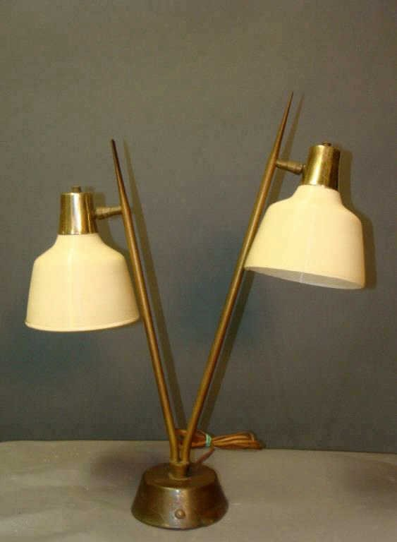 Vintage Draper Style Mid-Century Table or Desk Lamp
