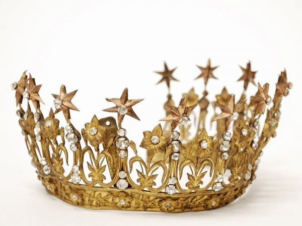 11: Pair of French Decorative Tiaras - 2