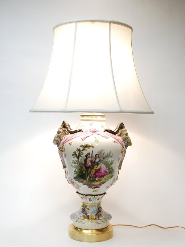 22: German Gilded and Decorated Porcelain Table Lamp - 2