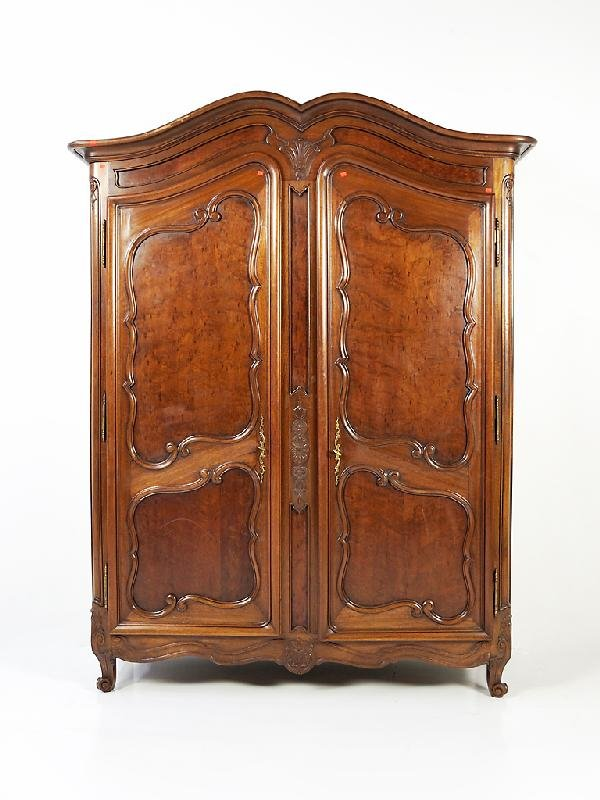 125: Louis XV Mahogany Armoire Height 79 in; width 61 i