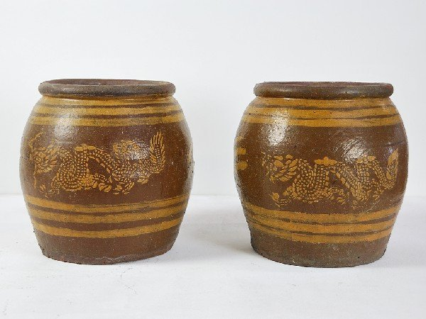 19: Pair of Ceramic Pots with Primitive Dragon Motif