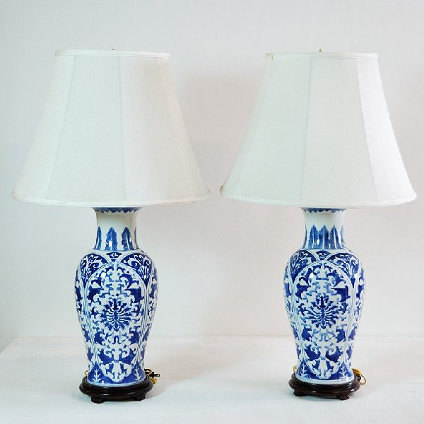 9: Pair of Blue and White Ceramic Lamps