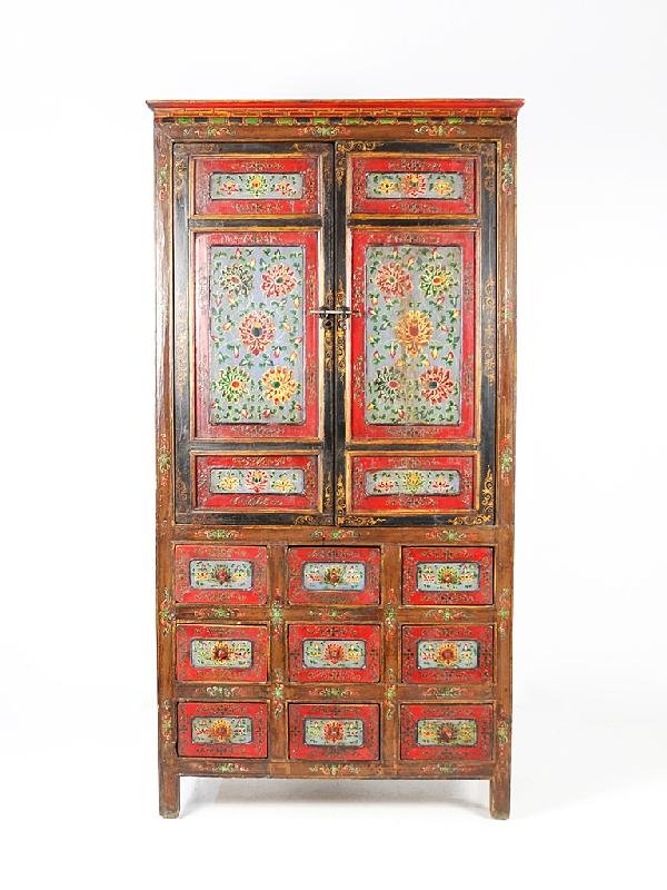 24: AN ANTIQUE CHINESE HAND-PAINTED CUPBOARD Nineteenth