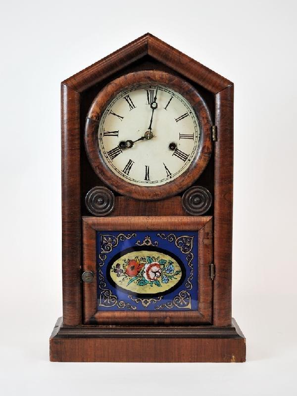 5: 1926 New Haven Working Walnut Clock with Original Ke