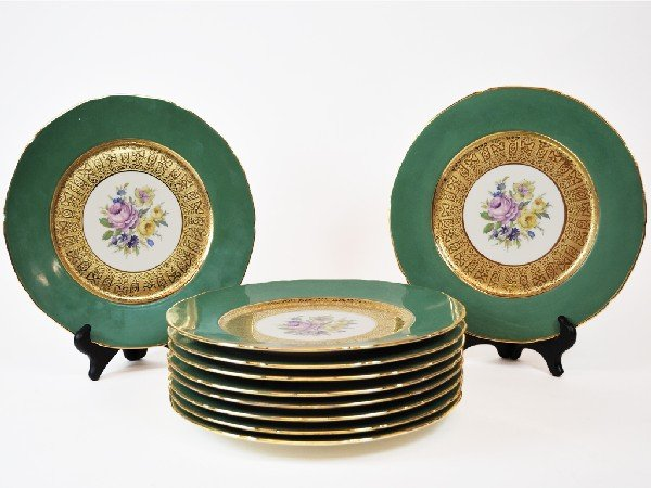 10: Set of Ten Place Plates Marked Royal China, Warrant