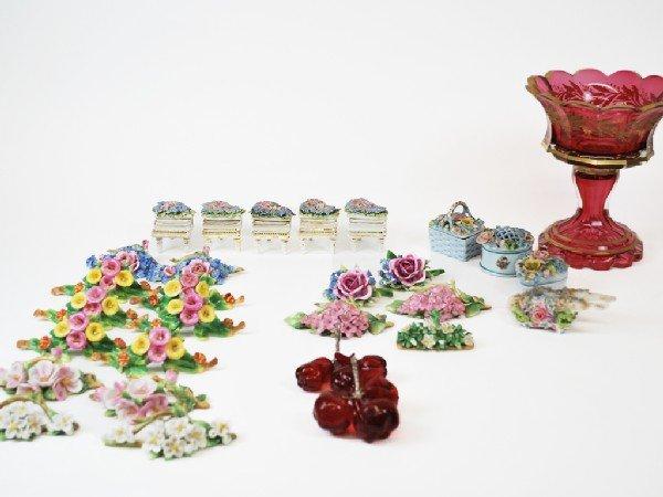 12: Lot of Miscellaneous, Including porcelain place car