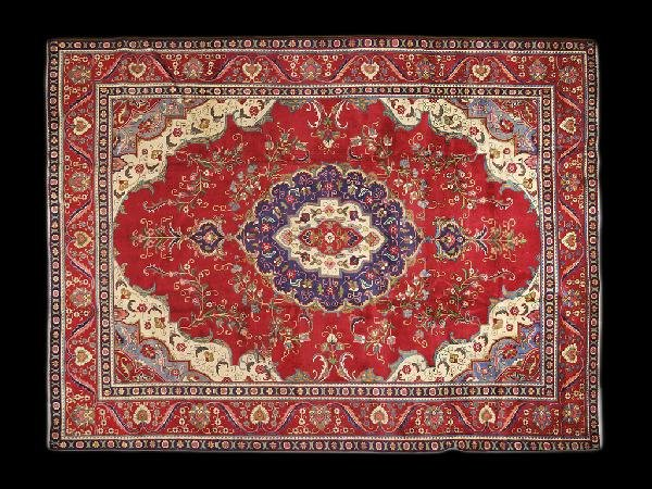 7: A TABRIZ CARPET NORTHWEST PERSIA CIRCA 1990