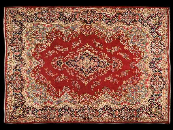 8: A KERMAN CARPET SOUTHEAST PERSIA CIRCA 1980