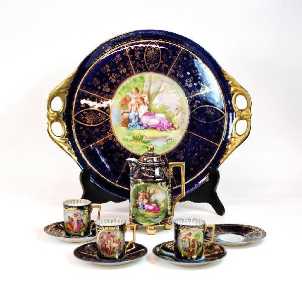 7: A 'ROYAL VIENNA' CHOCOLATE SET, Imperial and Royal P