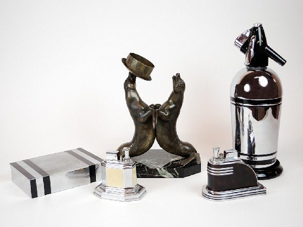 7: A GROUP OF ART DECO ITEMS