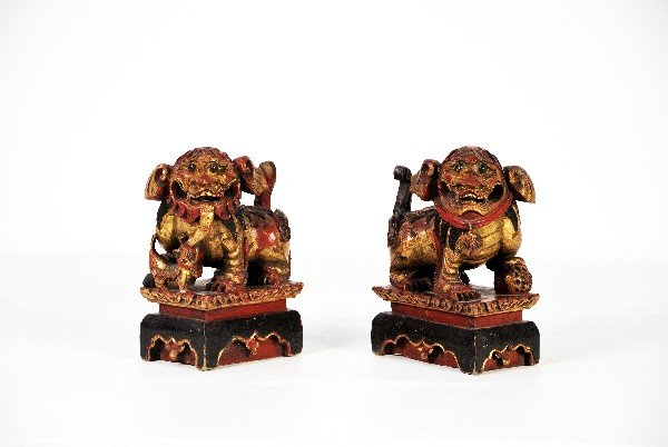 13B: A PAIR OF CHINESE FOO DOGS