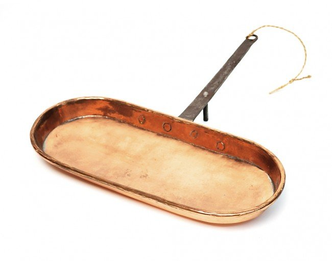 22: AN ANTIQUE COPPER FISH PAN (OR FRYING PAN), France,