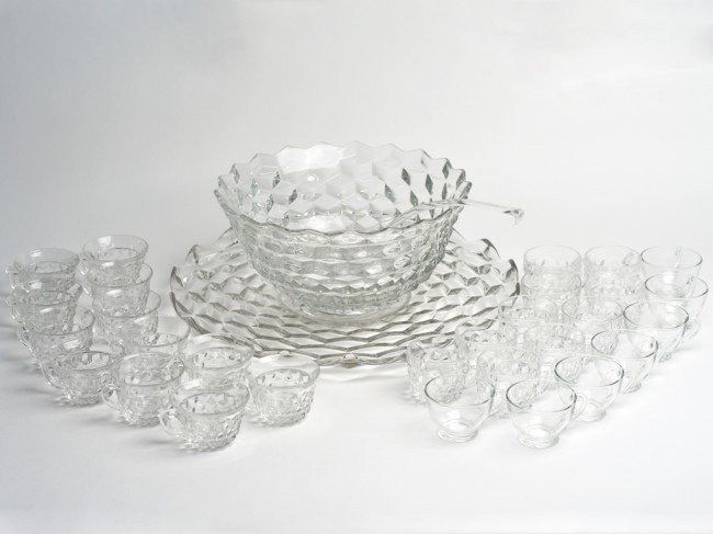 7: A DEEPLY TEXTURED GLASS PUNCH SERVING SET Made by Fo