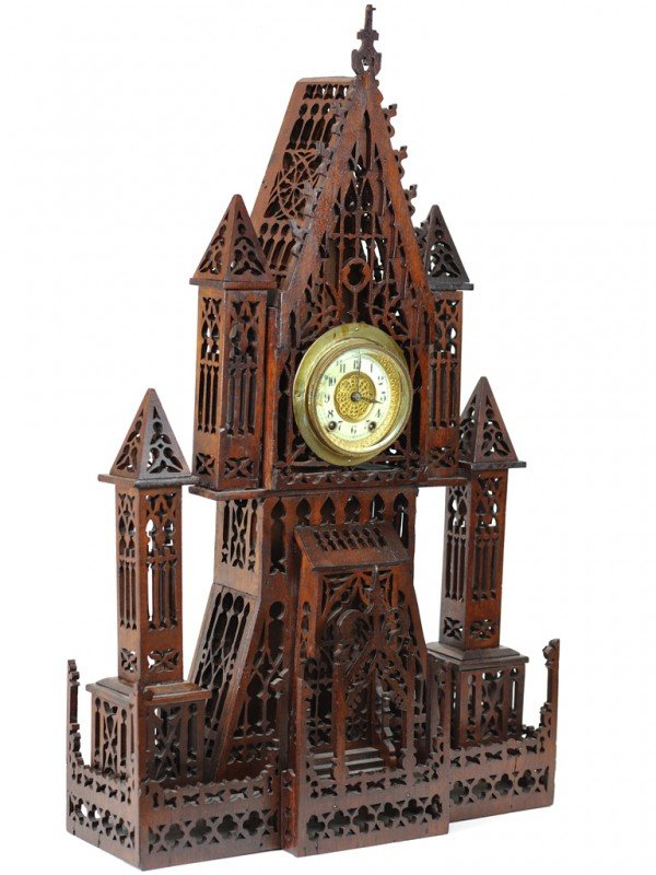 15: AN AMERICAN GINGERBREAD CLOCK IN VICTORIAN GOTHIC R