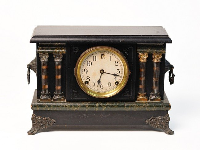 16: AN AMERICAN SESSIONS MANTEL CLOCK