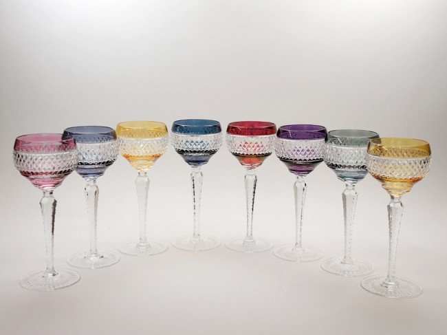 9: A SET OF EIGHT CUT CRYSTAL WINE GOBLETS