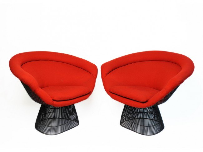 212: A PAIR OF PLATNER LOUNGE CHAIRS By Warren Platner