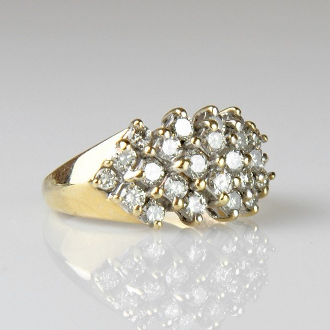 1: LADIES BAND STYLE CLUSTER RING - Finger size 7 ¼
