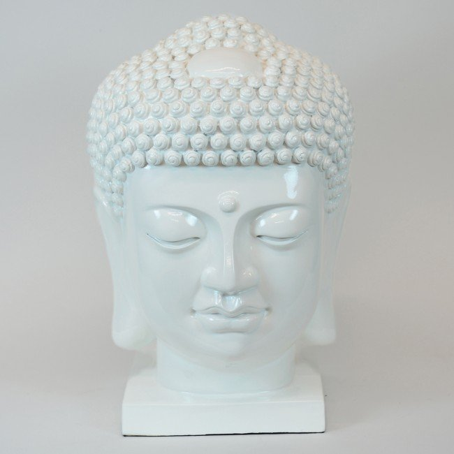 3: A LARGE WHITE RESIN HEAD OF BUDDHA ON SHORT SQUARE F